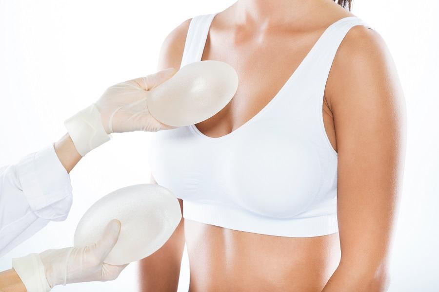clinica cirugía aumento de senos Málaga
